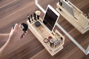 AD-6-Makeup-Organizer-With-iPad-Tray